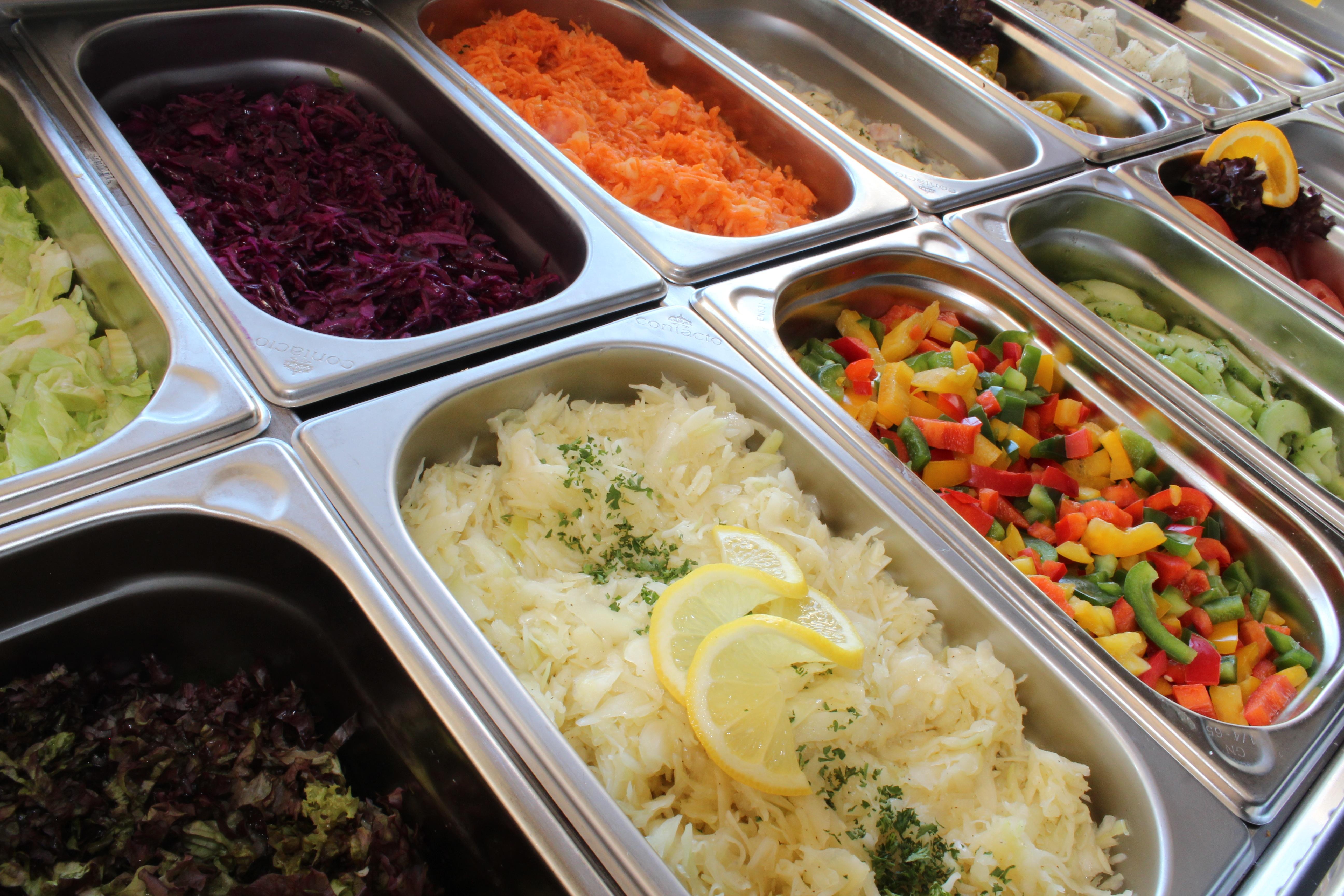 salad-bar-2094459